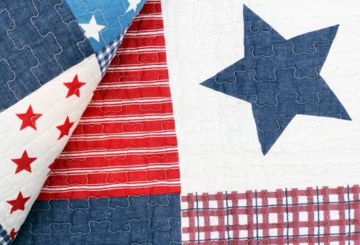 Tagesdecke Stars 'n Stripes 150 x 200 cm Sterne USA Plaid Quilt, Patchwork Shabby