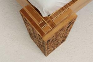 TIGON Bambusbett mit Rückenlehne Hainan 140x220cm