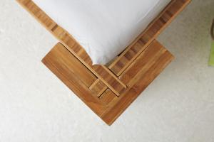 HAWAII  Bambusbett mit Rückenlehne Hainan 120x220cm