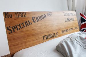 OPUS Bambusbett mit Rückenlehne Hainan 90x220cm