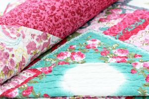 Tagesdecke O 180x220cm Pink Blumen Quilt Patchwork Landhaus