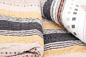 Quilt U 230x250cm Orient Vintage Plaid Tagesdecke Patchwork
